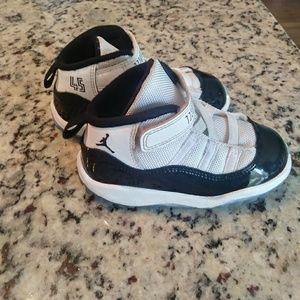 Jordan 11 concords toddler 8c